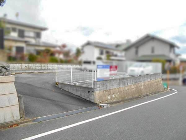 枚方市東香里に新築一戸建て(東南角地)