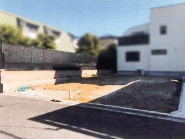 茨木市北春日丘に新築注文住宅(現況更地)