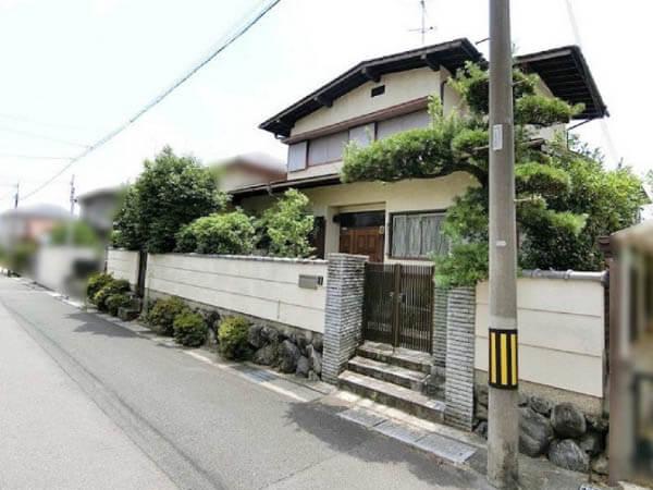 長岡京市うぐいす台の売土地(古家付きの宅地)