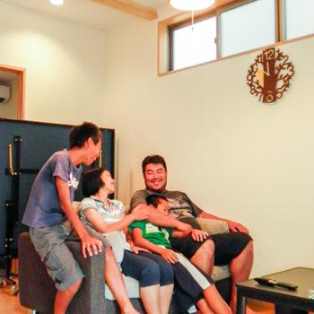 A様邸で記念撮影 大阪の注文住宅