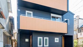 大阪S邸 - シンプルモダンの男前3階建て住宅