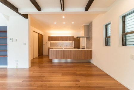 床暖房対応のフロア