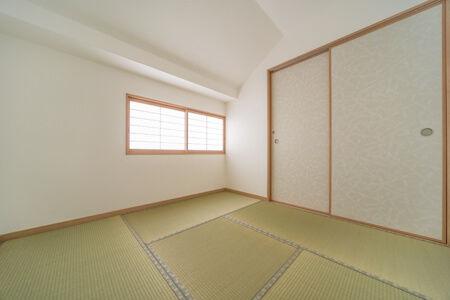 2方向からの勾配天井になる北側角には、客間としての和室を計画