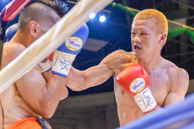 日本ウエルター級チャンピオン、矢田良太(グリーンツダ)が初防衛に成功